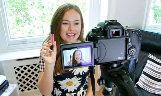 Upload Video Dapat Uang Menjadi Vloger