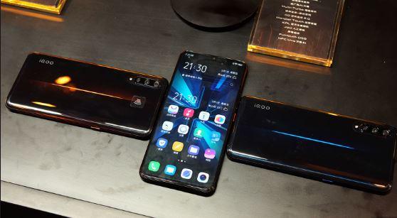 Spesifikasi dan Harga Vivo iQOO Phone, Ponsel Dengan RAM 12GB